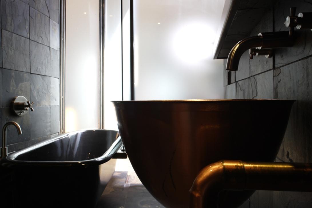 shed_bathroom
